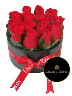 Caja de madera redonda con rosas rojas - Luxury Roses