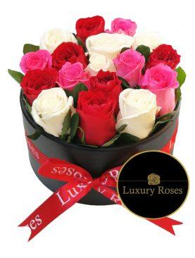 Caja de madera redonda con rosas combinadas - Luxury Roses