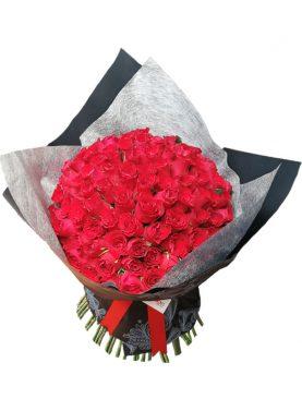 Ramo con 100 Rosas