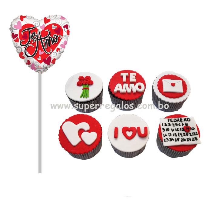 Cupcakes y globo pequeño