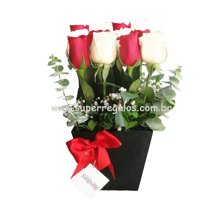 Arreglo con 12 rosas - 0030