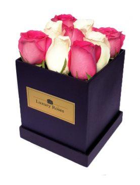Caja de madera con 9 rosas combinadas - Luxury Roses