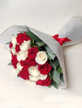 Ramo Amore Mio 24 rosas