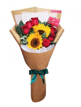 Ramo con 6 Rosas y 2 Girasoles