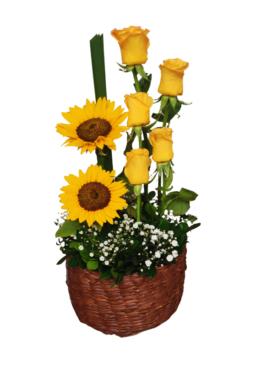 Arreglo de rosas amarillas Y girasoles