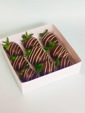 Frutillas con chocolates Caja 9 unidades