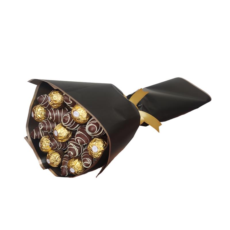 Ramo de Frutillas con Ferrero Rocher